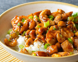 Chicken Cashew With Nut